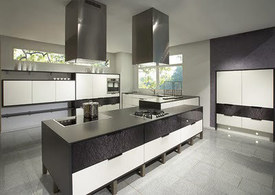 49669_36508_0039-big_49669_36508_Horizonte_honed_white_laquer_and_Mikado_glass_kitchen.jpg